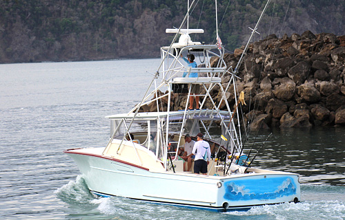 fishing charter in Los Suenos Marina