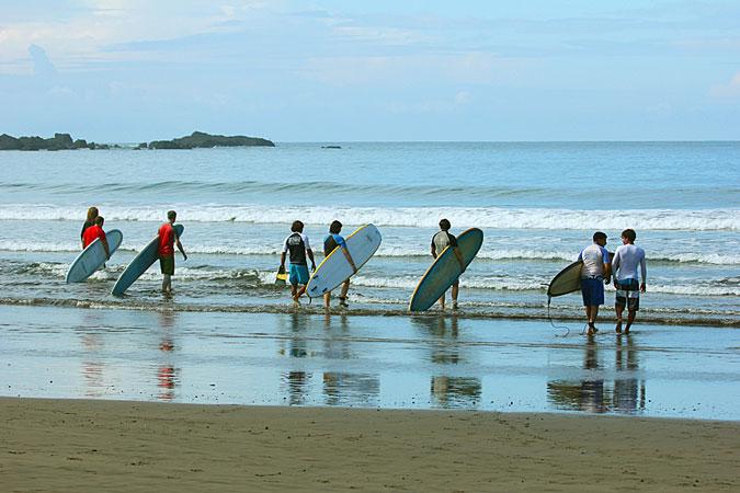 Year Round Surfing in Beautiful Costa Rica