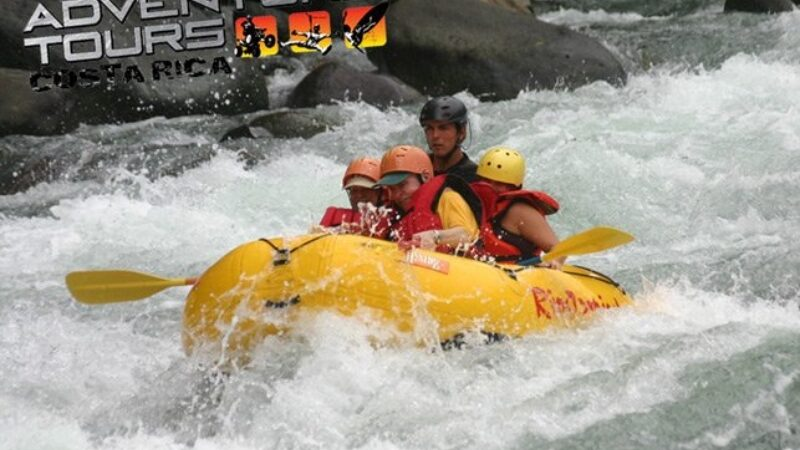 Rafting en el Río Savegre  Clase III