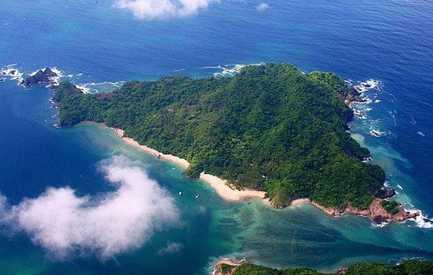aerial view of tortuga island in costa rica